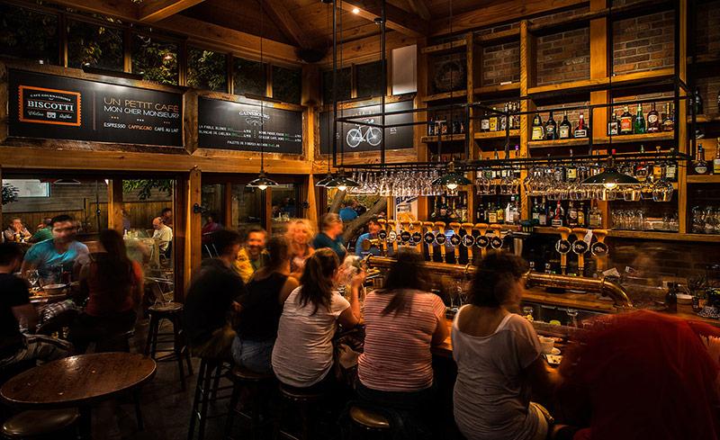 Accueil Chelsea Pub Restaurant Bar Chelsea Parc